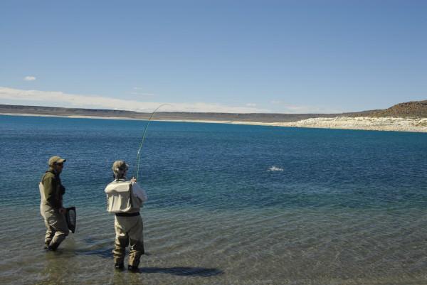 Drill am Lago Strobel, Patagonien, Argentinien