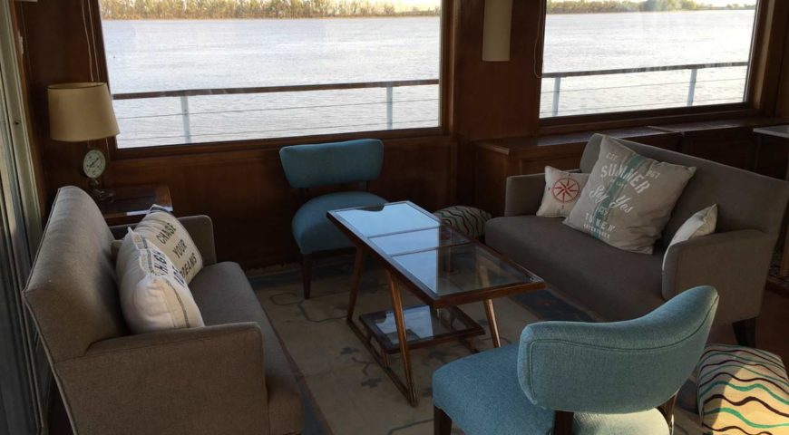 Argentinien-Dorado-Cruiser-Gallerie-Wohnzimmer