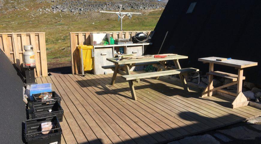 Grönland-Secret-River-Camp-Grillen