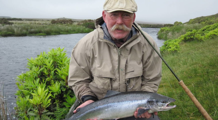 Irland-Lachs-Galerie-spate-river