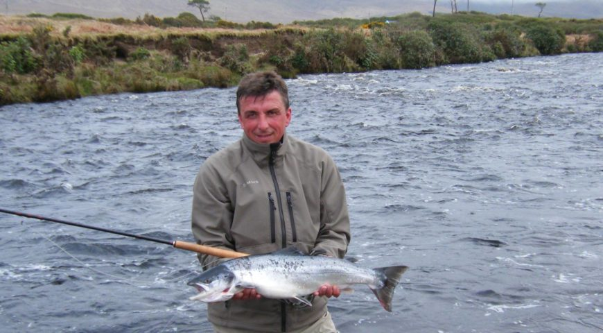 Irland-Lachs-spate-river
