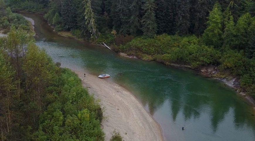 Kanada-Williams-Creek-Lodge-Fluss-1
