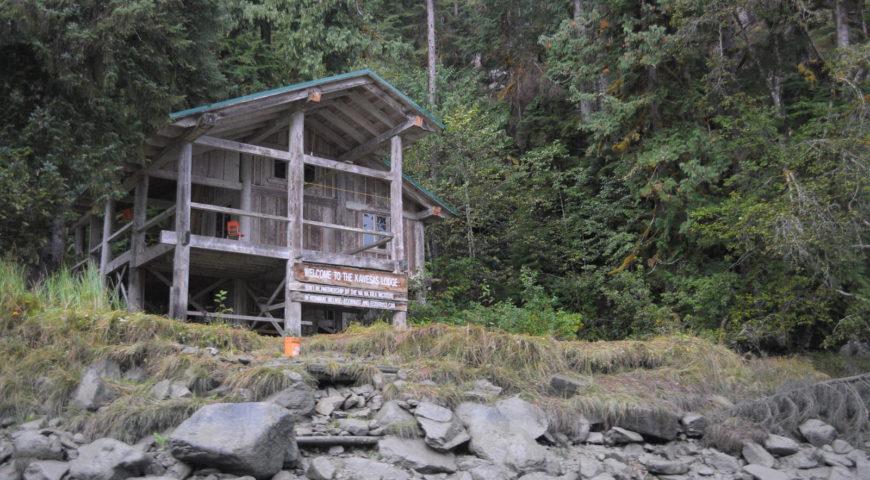 Kanada-Williams-Creek-Lodge-Gallerie-Coastal-Cabin