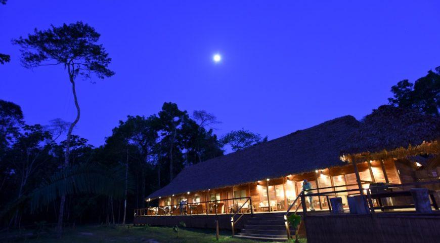 Pluma-Lodge-Nacht