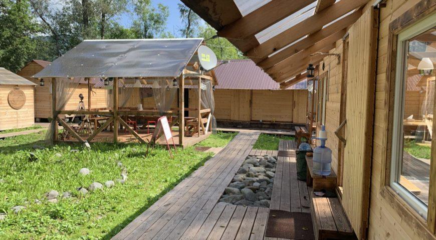 Russland-Kamchatka-Icha-River-Camp-Camp