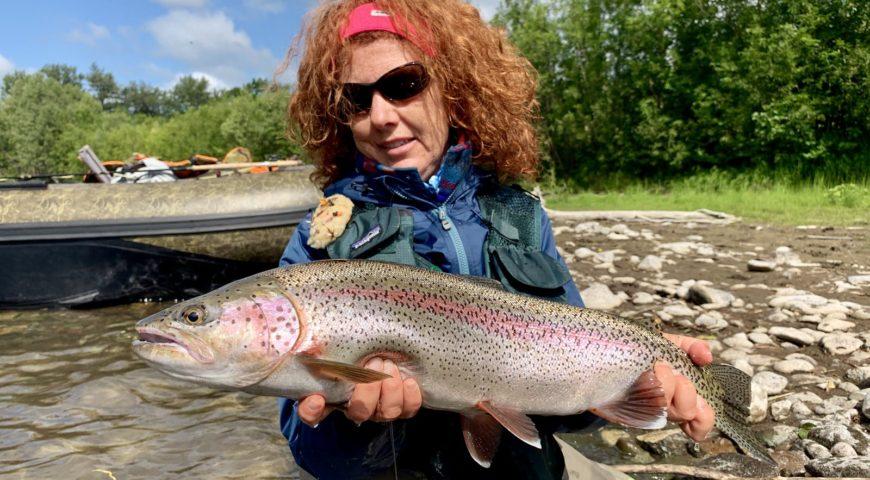 Russland-Kamchatka-Icha-River-Camp-Regenbogen-Gast