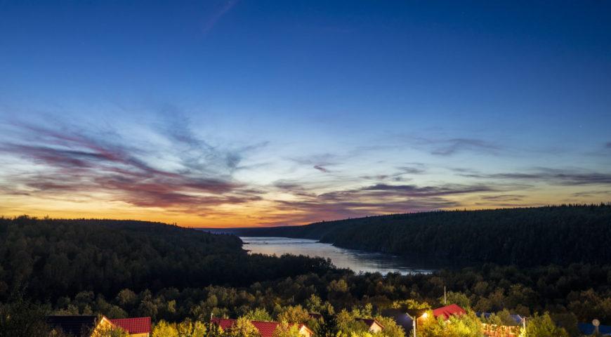 Russland-Ponoi-Ryabaga-Sonnenuntergang