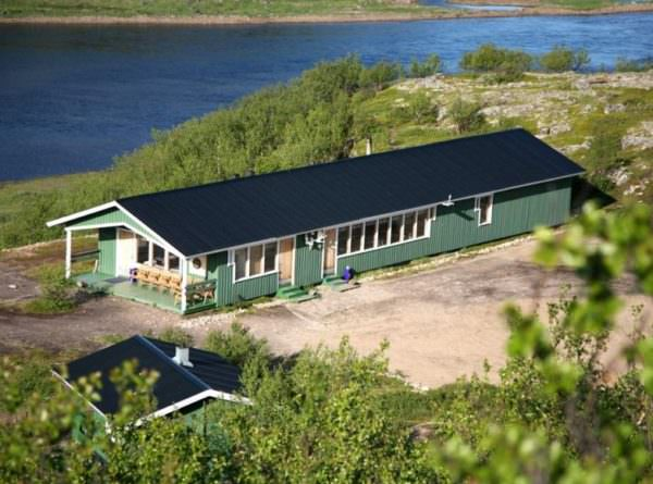 Varzina Main Salmon Lodge